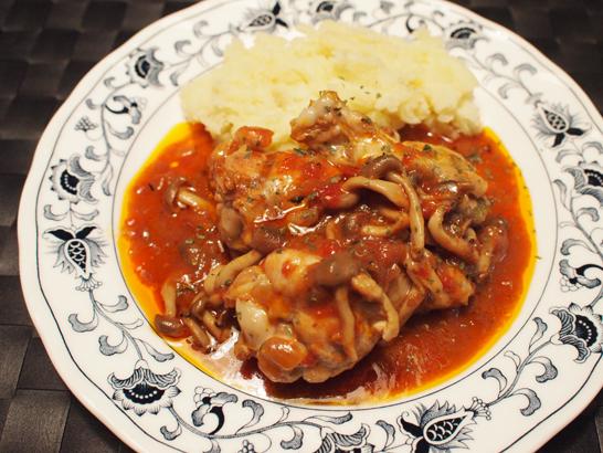 鶏肉手羽元の赤ワイン煮