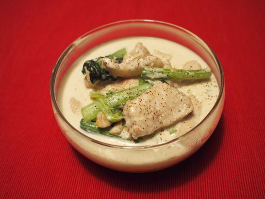 鶏肉と小松菜のクリームソース