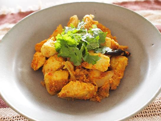 チキンチリフライ(鶏肉の辛み炒め)