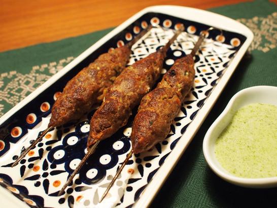 シークカバブ(ひき肉の串焼き)